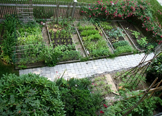 Raised garden beds photos and ideas for Raised bed vegetable garden plans designs
