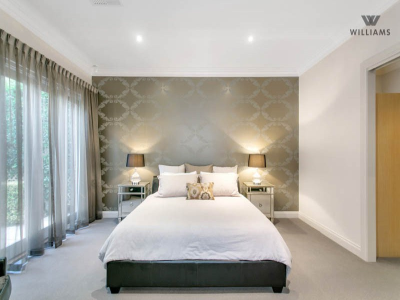 Feature Wall Spaced Interior Design Ideas Photos And